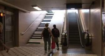 Le scale della metro diventano un pianoforte