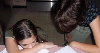 Les mamans qui harcèlent? Une étude montre comment leurs filles ont plus de succès