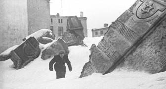 Een deel van de 6000 negatieven die een joodse fotograaf begroef om ze te beschermen tegen de nazi's