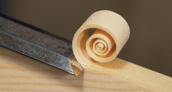 Veja como esta espiral se separa da madeira! Muito relaxante!