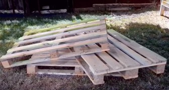 Veja como criar um sofá com 3 paletes passo a passo!