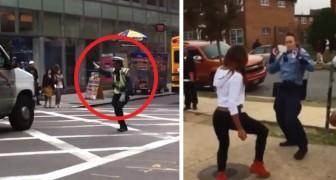 Ecco come un poliziotto può allentare la tensione derivante dal suo lavoro... Wow!