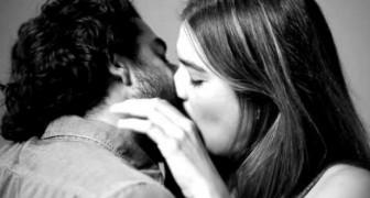 Te besarias con un desconocido?
