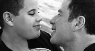 7 jaar na het tragische overlijden van zijn zoon brengt John Travolta dit ontroerende bericht naar buiten