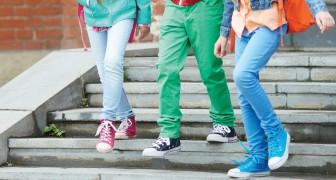 Scrive una nota a due alunni che aggrediscono un disabile: i genitori attaccano la docente