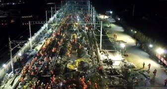 1500 operai cinesi costruiscono i binari di una nuova stazione in sole 9 ore