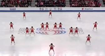 La coreografia di queste 16 ragazze ha mandato il pubblico in delirio... Da vedere!