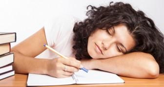 Ecco la spiegazione scientifica del fatto che le donne hanno bisogno di dormire più degli uomini