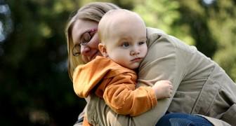 Il metodo holding: ecco come calmare i bambini attraverso l'abbraccio