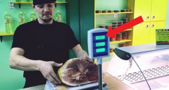 This guy shows us a simple technique to cheat on the weight of meats