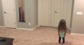 La bambina vuole ballare e insieme ai 3 fratelli crea un ballo a cui non saprete resistere neanche voi