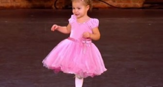 Little 2 year old dancing !