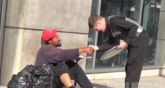 Un joven se viste de mesero y atiende a gente de la calle, mira la reaccion de cada uno y ten presente la tuya