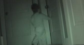 C'erano strani movimenti di notte: ciò che rivela la telecamera stupisce anche i genitori!