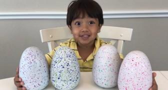 Dit 7-jarige kind verdient meer dan $20 miljoen per jaar door videorecensies van speelgoed te schrijven