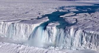 Nu de ijskappen smelten op Antarctica ontstaan daar watervallen, meren en rivieren die nog nooit eerder zijn gezien