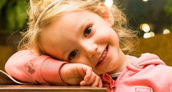 Secondo gli psicologi, i genitori che crescono i figli in maniera sana fanno queste 5 cose