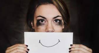 Smiling while feeling like you are dying inside --- Here are 5 characteristics of hidden depression