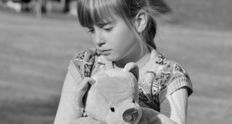 Children who are suffering from a lack of affection usually manifest these 3 behaviors