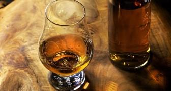 Bere il whisky può dare sollievo dai sintomi del raffreddore? Secondo un medico sì