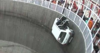 Conducir dentro del muro de la muerte