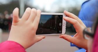 Secondo una psicologa, l'ossessione che abbiamo per scattare foto ha cambiato il nostro modo di ricordare