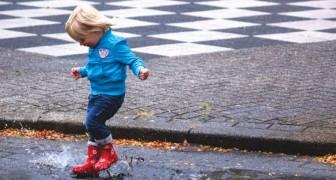 I bambini liberi di correre sotto la pioggia sono felici: ecco altre attività all'aria aperta che hanno lo stesso effetto