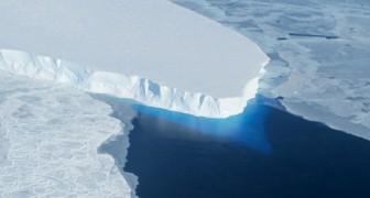 L'Antartide cade a pezzi: un iceberg grande due volte New York starebbe sul punto di staccarsi