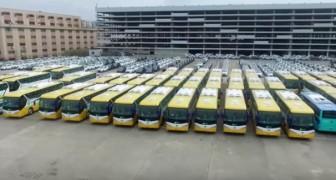La Chine a introduit une flotte d'autobus électriques, conduisant le marché pétrolier en crise