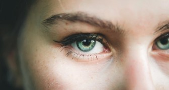 Green-eyed people are only 2% of the world population, but this is not the only rarity that distinguishes them
