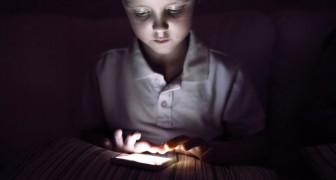 2 ore al giorno passate davanti agli schermi possono far diventare i bambini male-educati e poco attenti