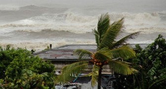 L'India si prepara ad una delle più imponenti evacuazioni di massa della sua storia: arriva il ciclone Fani