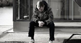 Chi vive da solo è più probabile che soffra di disturbi mentali, lo rivela uno studio