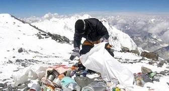 De Everest is schoner geworden: 3 ton afval is verwijderd en dit is nog maar het begin