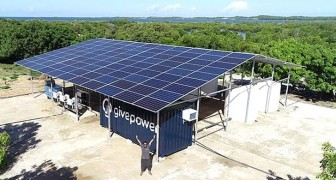 Per combattere la crisi idrica, ecco il sistema che rende potabile l'acqua di mare grazie all'energia solare