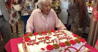 Deze 107-jarige vrouw onthult haar geheim van een lang leven: Ik ben nooit getrouwd geweest