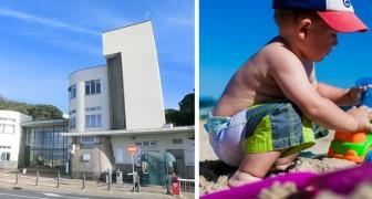 Un ospedale di Genova ha creato una spiaggia attrezzata per far divertire i bambini ricoverati