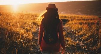 Gehen ist eine natürliche Medizin: Es ist gut für das Herz, baut Stress ab und lässt einen länger leben