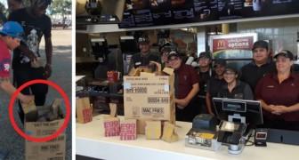 Sie versucht, den Obdachlosen Essen zu geben, aber das Mahl endet nach ein paar Minuten: Der Manager von McDonald's beschließt, ihr zu helfen