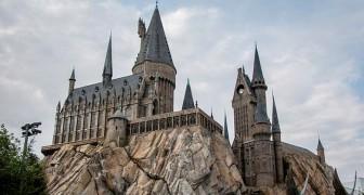 Deze grootouders lieten het kasteel van Harry Potter bouwen in de tuin van hun 2-jarige kleinzoon