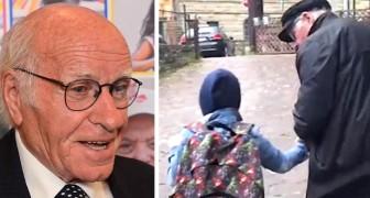 Este homem de 84 anos percorreu 60 km para acompanhar um menino cego até a escola