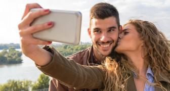 Les couples qui publient leurs photos sur les réseaux sociaux pourraient être plus incertains : parole d'une psychologue