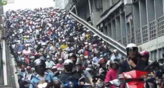 The most absurd and infernal traffic jam you have ever seen !