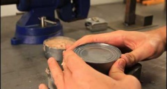 Did you know that you don't necessary need a can opener to open a can? Check this out !