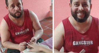 This man left his job as a security guard to learn how to give manicures to overcome his depression