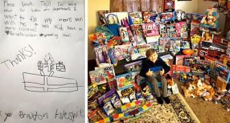 Tack vare ett reklamblad har den här 8-åriga pojken samlat in 165 julklappar att donera till människor i svårighet