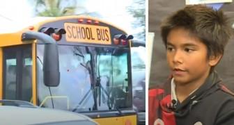 Busschauffören hade druckit - ett av barnen känner lukten av alkohol och ringer polisen för att undvika att det sker en olycka