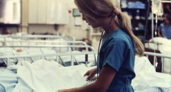 Un'infermiera ha scritto un post su Facebook che mette in luce quanto il suo lavoro sia spesso invisibile