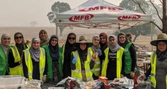Die australische islamische Gemeinde bereitet das Frühstück für die von den verheerenden Bränden erschöpften Feuerwehrmänner vor