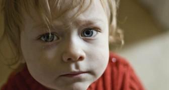 Gli schermi rendono i bambini irritabili, depressi e svogliati: 6 modi in cui agiscono negativamente sul cervello